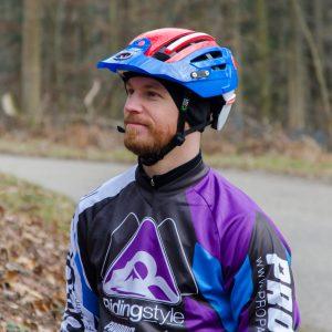 MTB-Fahrtechnik-Trainer-Thomas-Ridingstyle