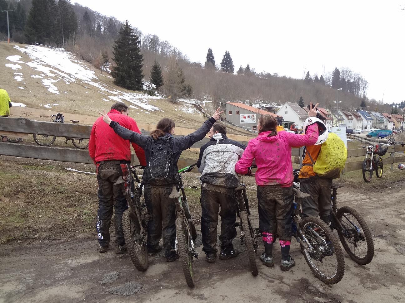 Mountainbiken im Matsch und Regen
