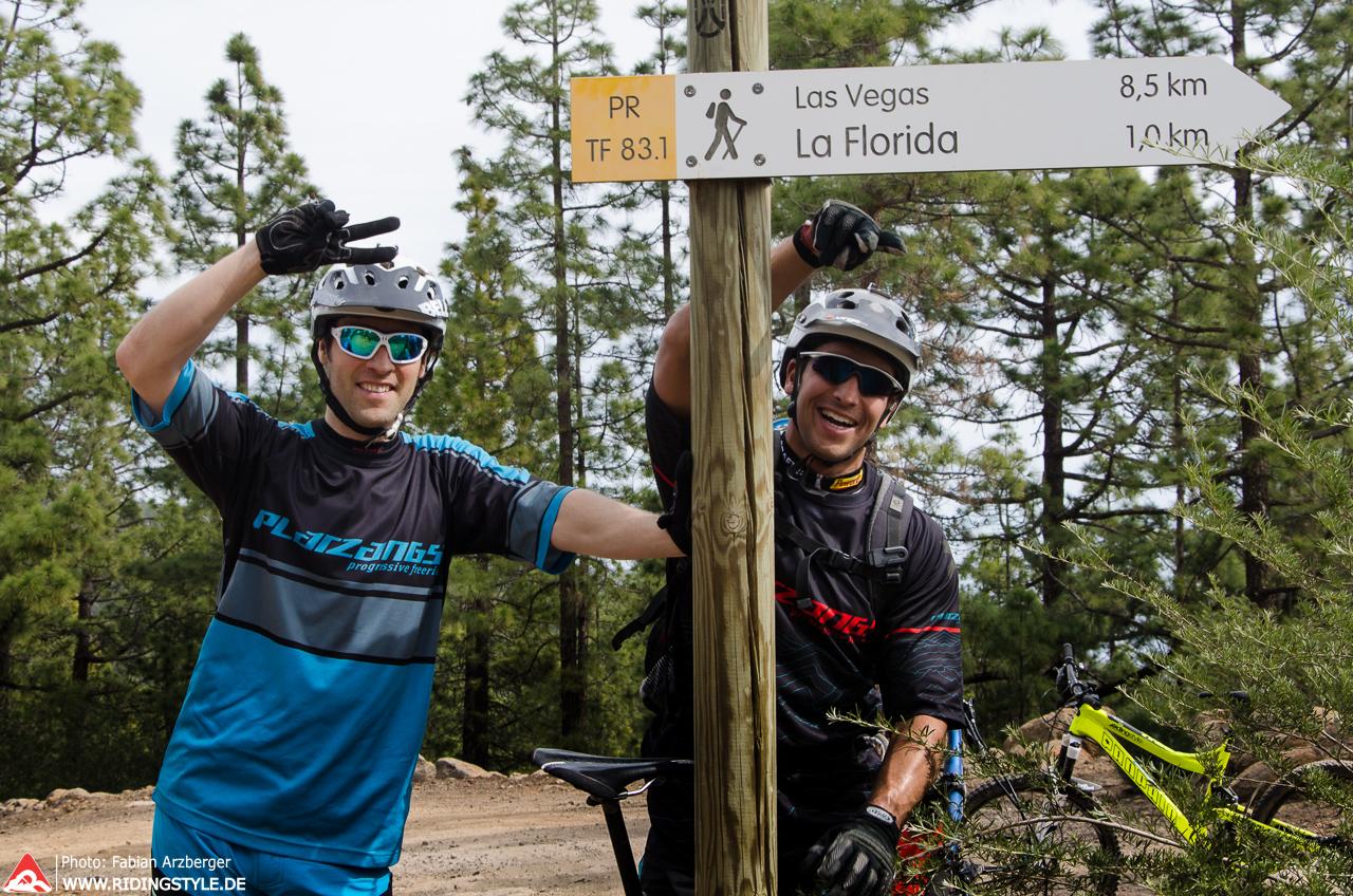 Fabian und Sven mit den Mountainbikes auf Teneriffa 01