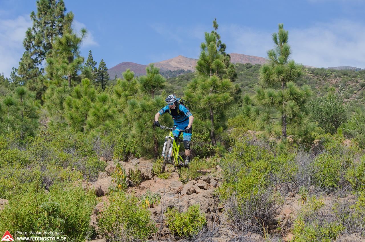 Fabian von Ridingstyle MTB Fahrtechnik auf Teneriffas Trails 01