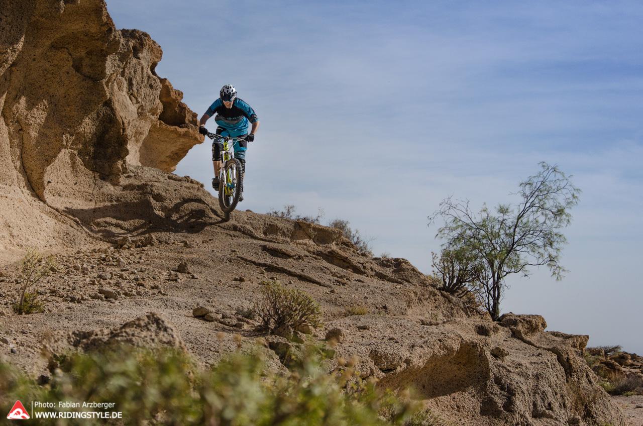Fabian von Ridingstyle MTB Fahrtechnik auf Teneriffas Trails 02