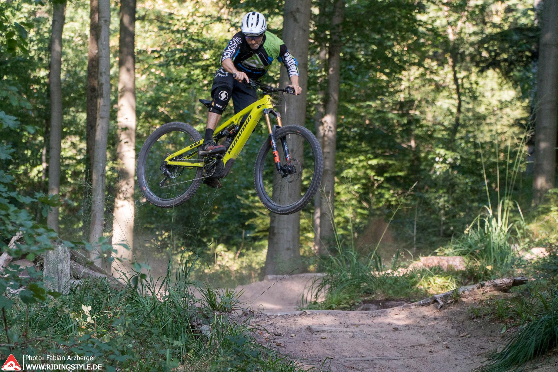 E-MTB Sprung Technik Training E-Mountainbike
